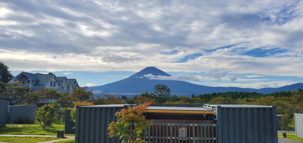 目の前に富士山!圧巻です。