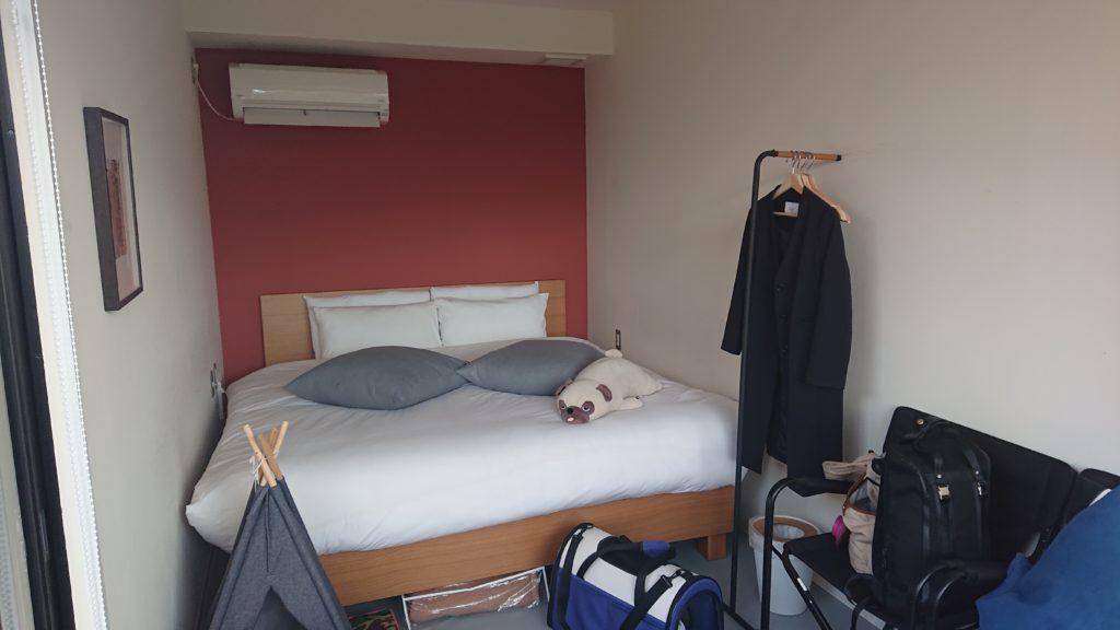 キャビン内部その3です。ベッドは清潔です
