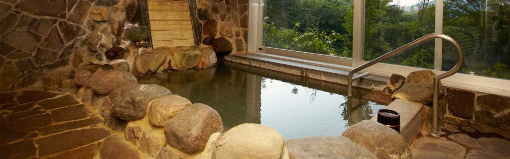 箱根「凛香」の大浴場。