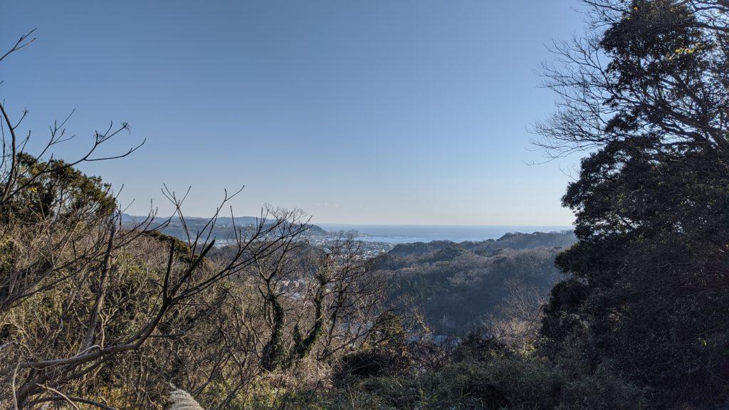 佐助稲荷神社へ向かう途中。山から見える絶景