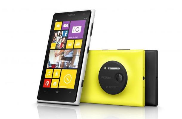 NOKIAのWindows Phone。Lumiaシリーズの写真。