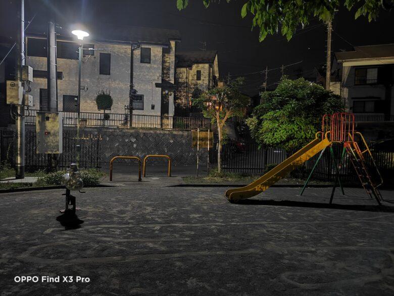 OPPO Find X3 Proの夜景モードで撮影した写真。その3。